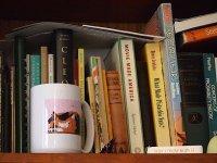 Regał z książkami